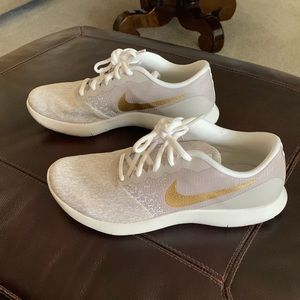 Nike Flex Contact Running Shoes